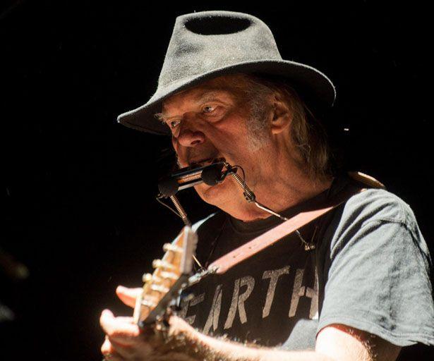 """Neil Young: """"Die Welt wird erst von meinem Ruhestand erfahren, wenn ..."""""""