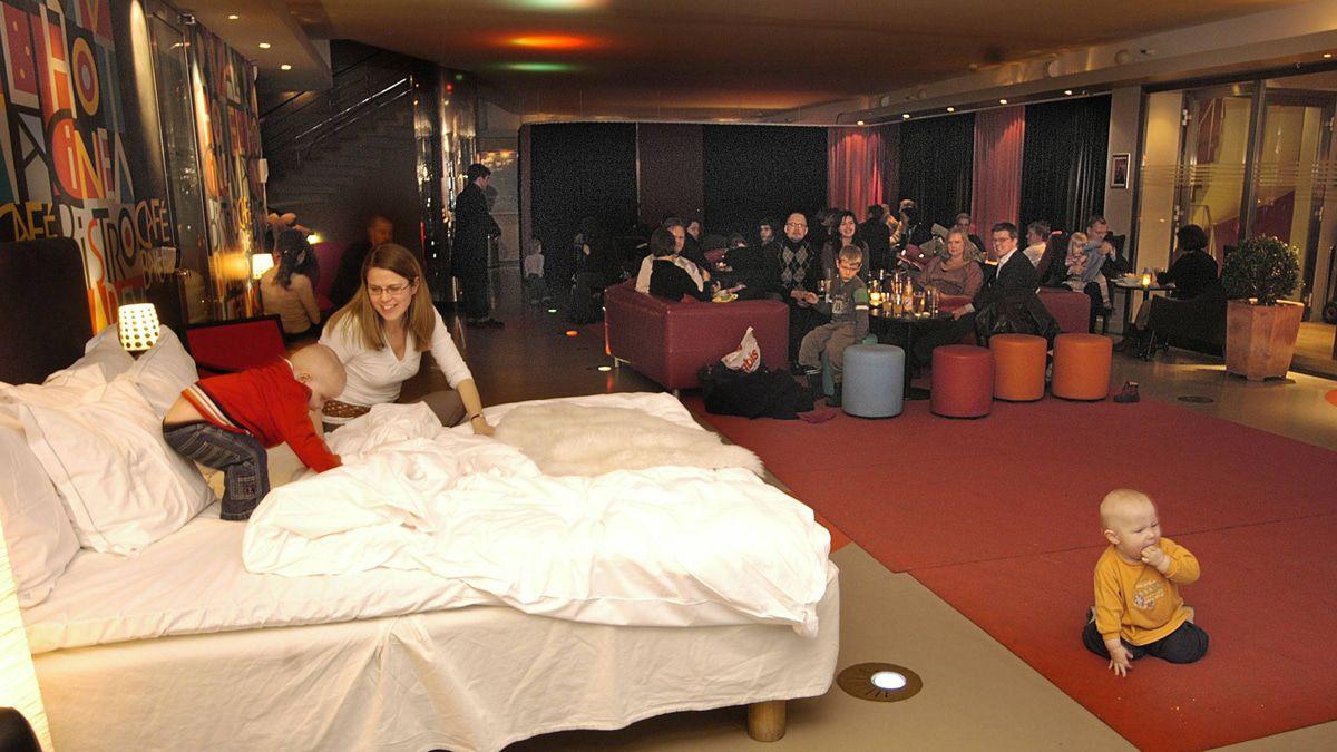 ABBA: Das hier ist der schräge Hotelsong von Björn und Benny!
