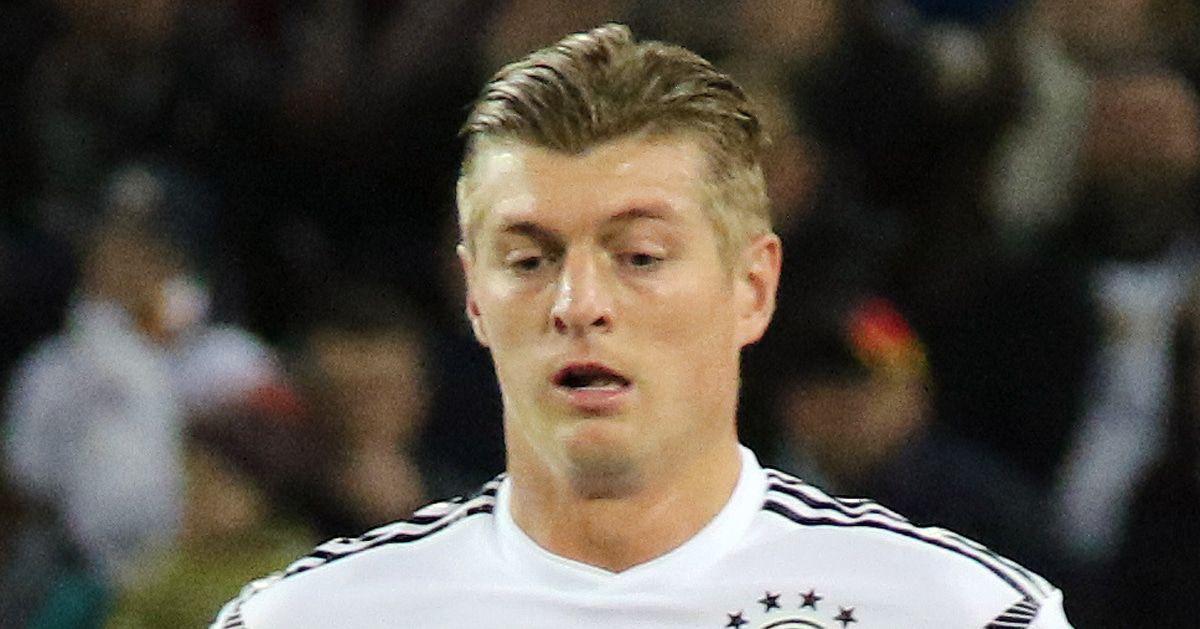 Toni Kroos erfüllt den Wunsch seines Sohnes. Er bleibt