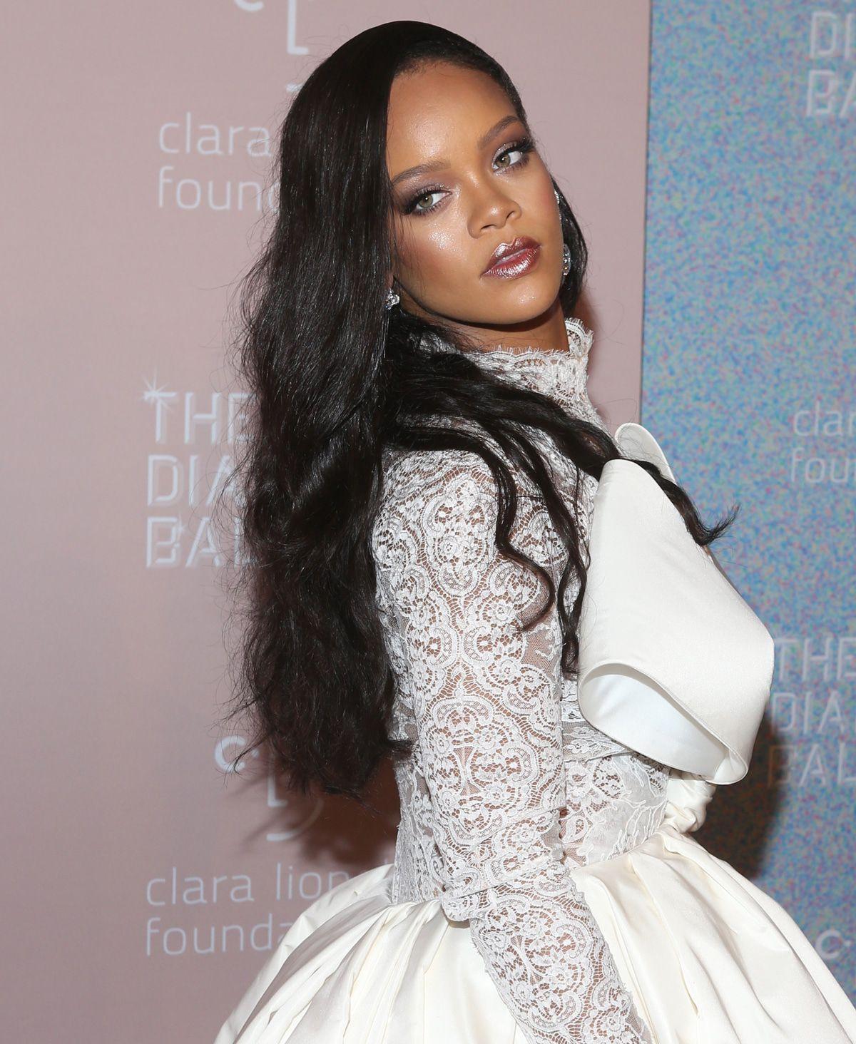 Rihanna: Klage gegen ihren Vater