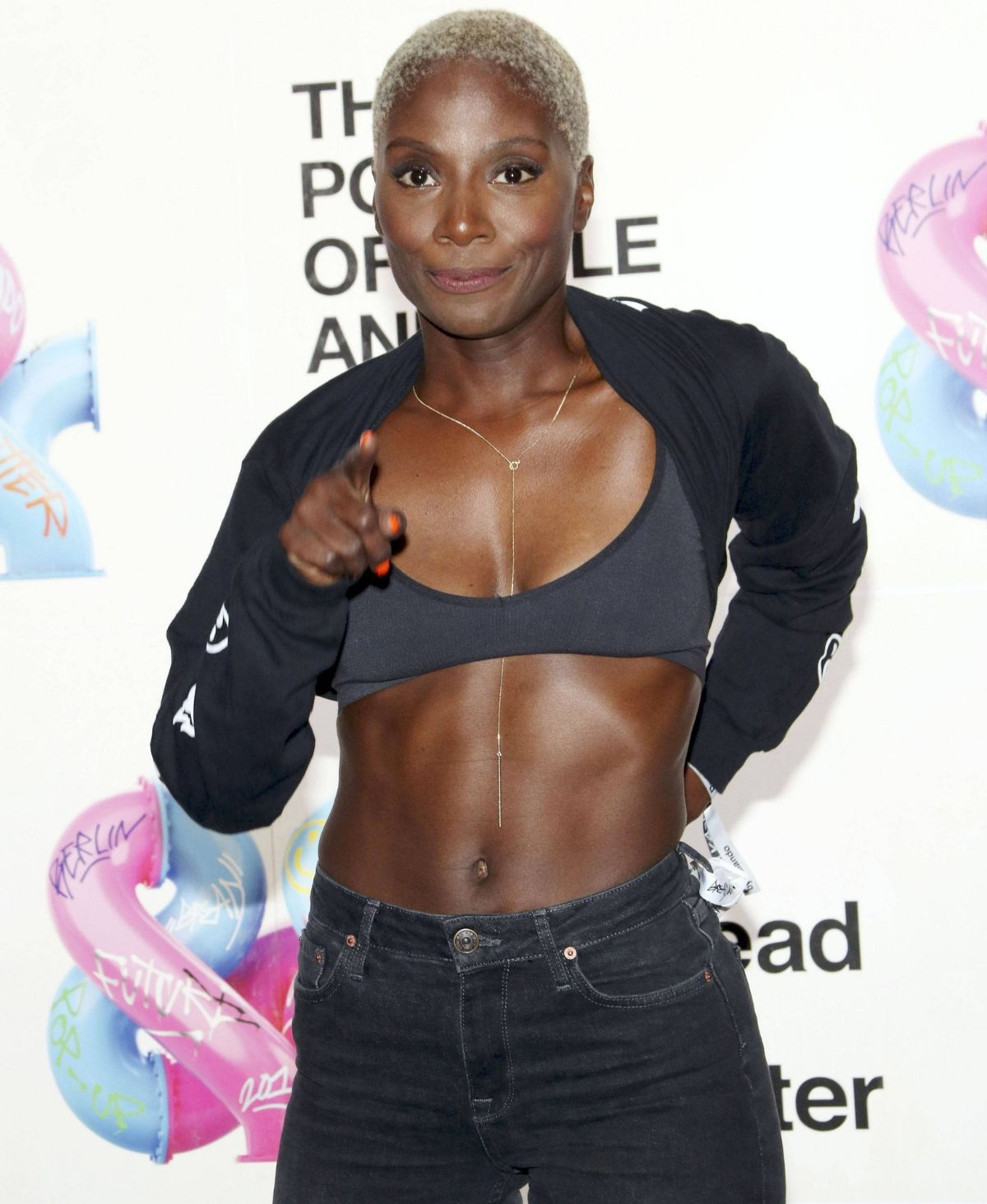 Nikeata Thompson topfit: das steckt dahinter