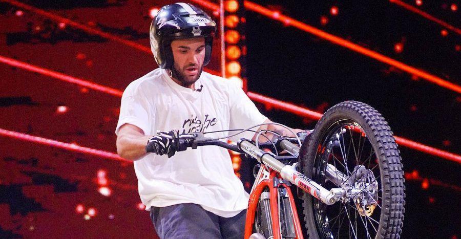 Kenny Thomas im Video: Der Biker-Derwisch sorgt für Nervenkitzel