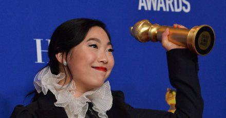 Awkwafina würde ihren Golden Globe verkaufen, wenn...