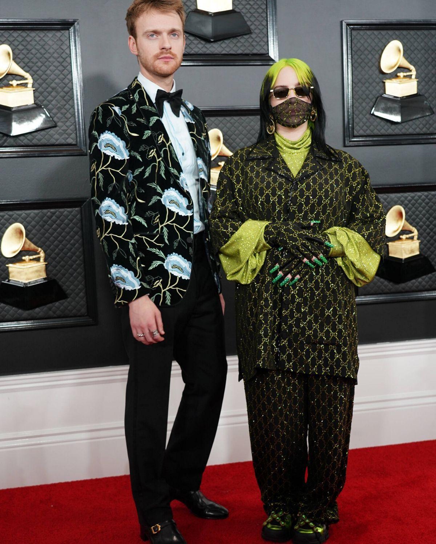 Billie Eilish und ihr Bruder schleppen hier 10 Grammys davon
