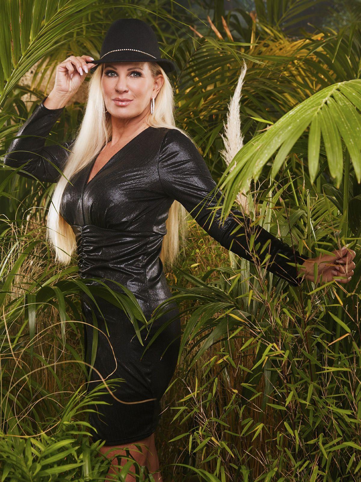 Claudia Norberg: Neustart mit dem Dschungelcamp - Tochter Adeline tröstet