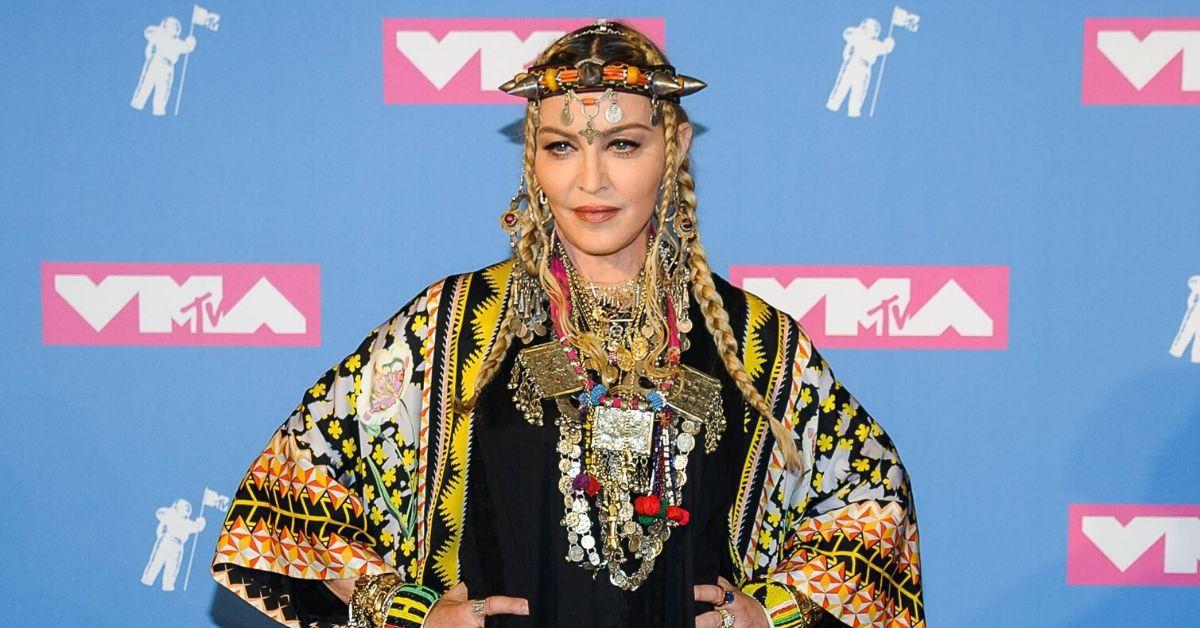 Hier tanzt Madonna besoffen an der Stange