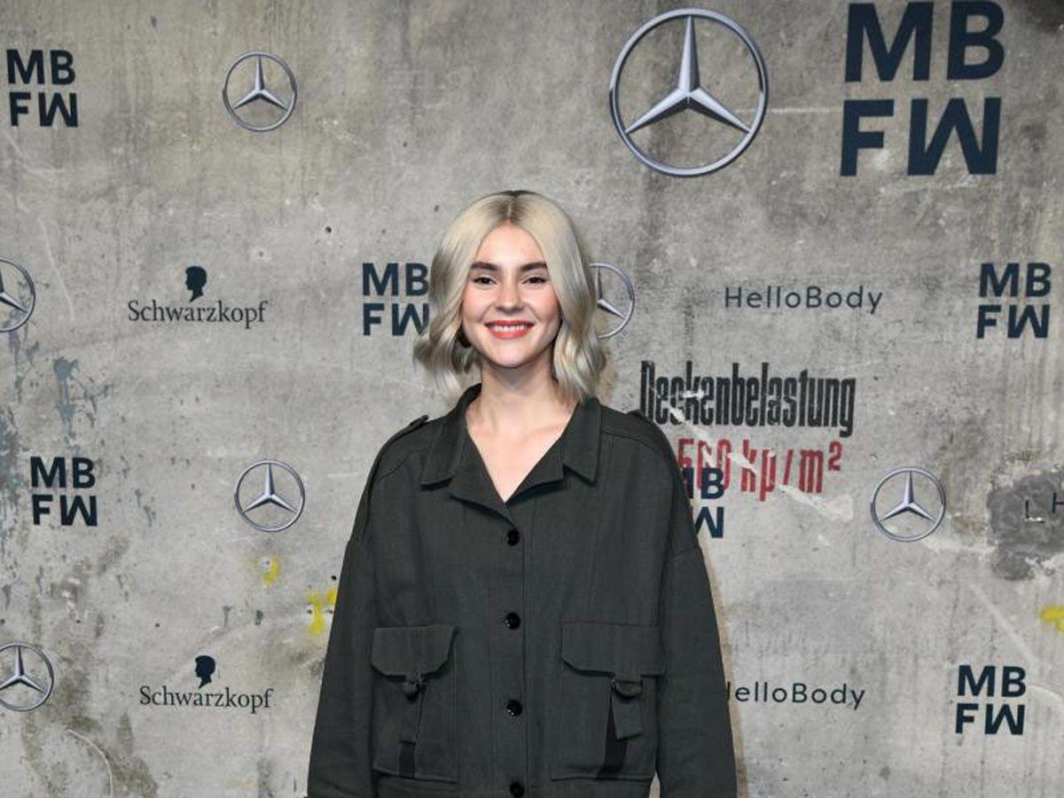 Berlin Fashion Week startete mit exzessiven Designs