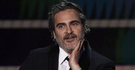 Joaquin Phoenix: Von der Gala direkt zur Schlachthaus-Demo