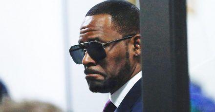 R. Kelly: Freundin verlässt ihn nach Streit mit seiner zweiten Freundin