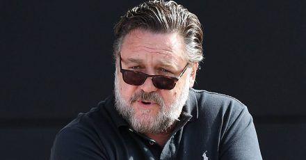 Golden Globes: Russell Crowe lässt Botschaft von Jennifer Aniston verlesen