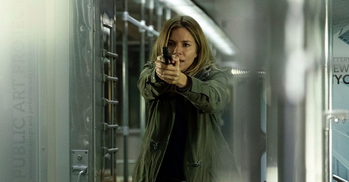 """Filmkritik """"21 Bridges"""": Polizeithriller mit Chadwick Boseman & Sienna Miller - klatsch-tratsch.de"""