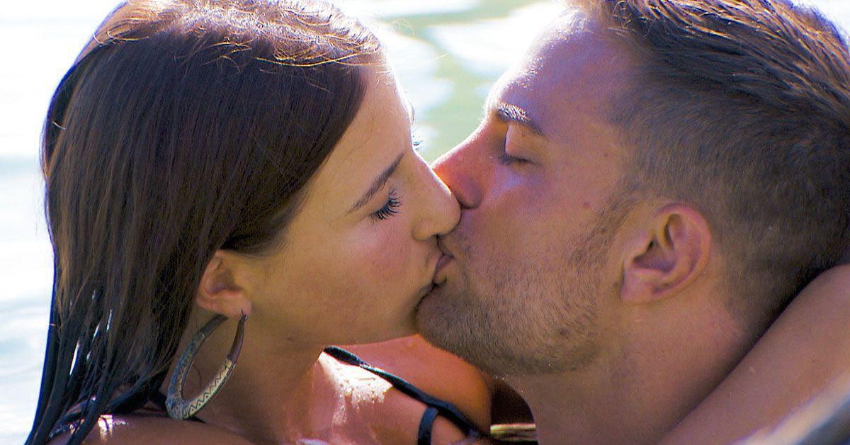 Bachelor: Drei Dates. Drei Frauen. Drei Küsse?
