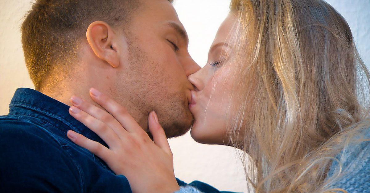 """""""Bachelor"""": Sebastian warf Leah wegen ihrer Brüste und Lippen raus?"""