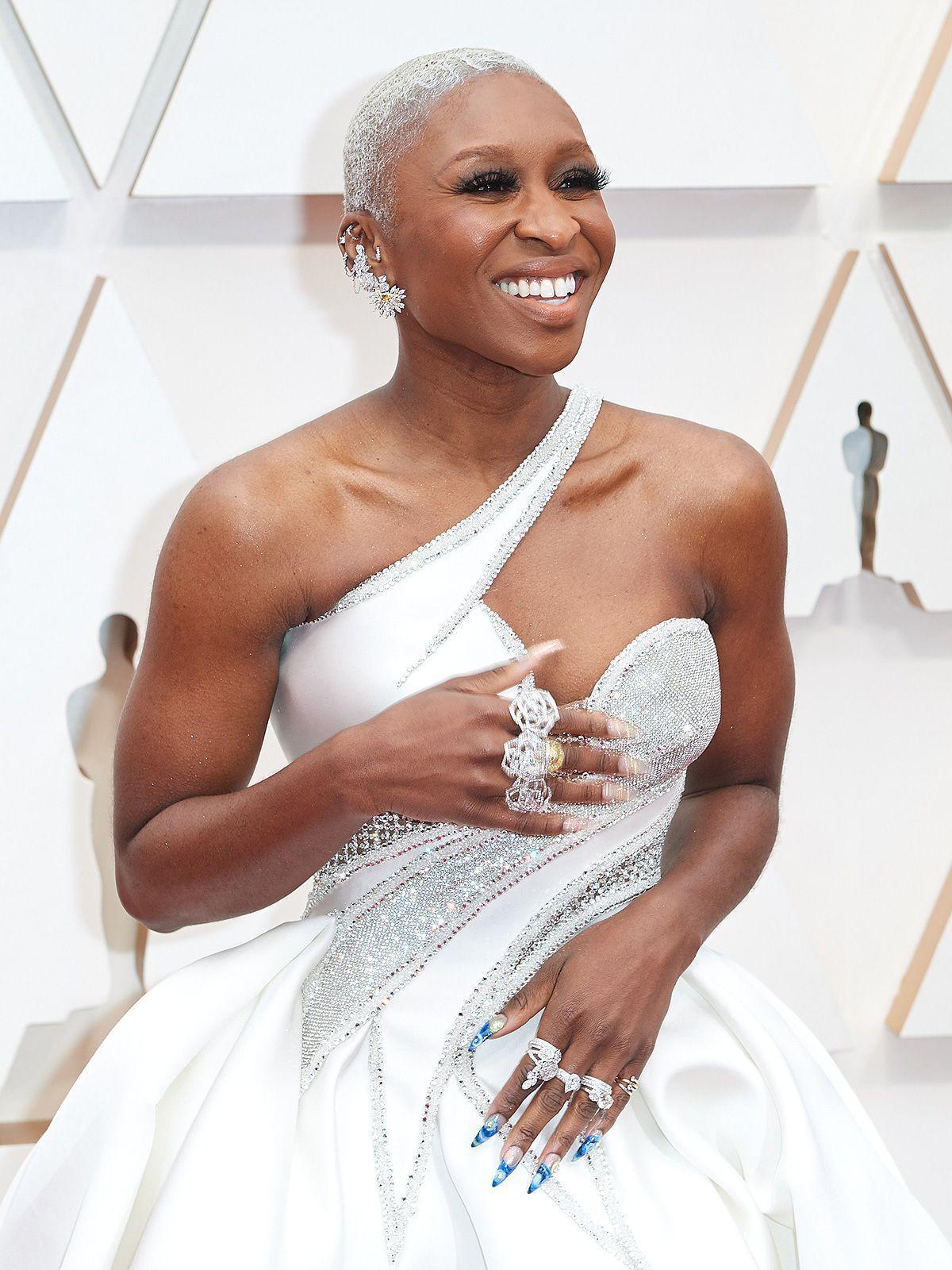 """Cynthia Erivo erklärt ihre Oscar-Robe: """"Ich fühlte mich wie eine Königin"""""""