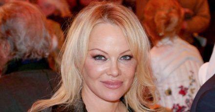 Pamela Anderson und 2-Wochen-Ehemann trennten sich per SMS