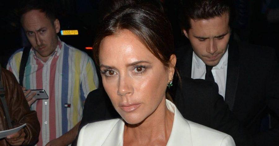 Victoria Beckham: So bearbeitet sie ihre Krähenfüße