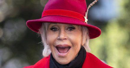 Jane Fonda zeigt auch mal'n ausgefallenen Zahn bei Insta