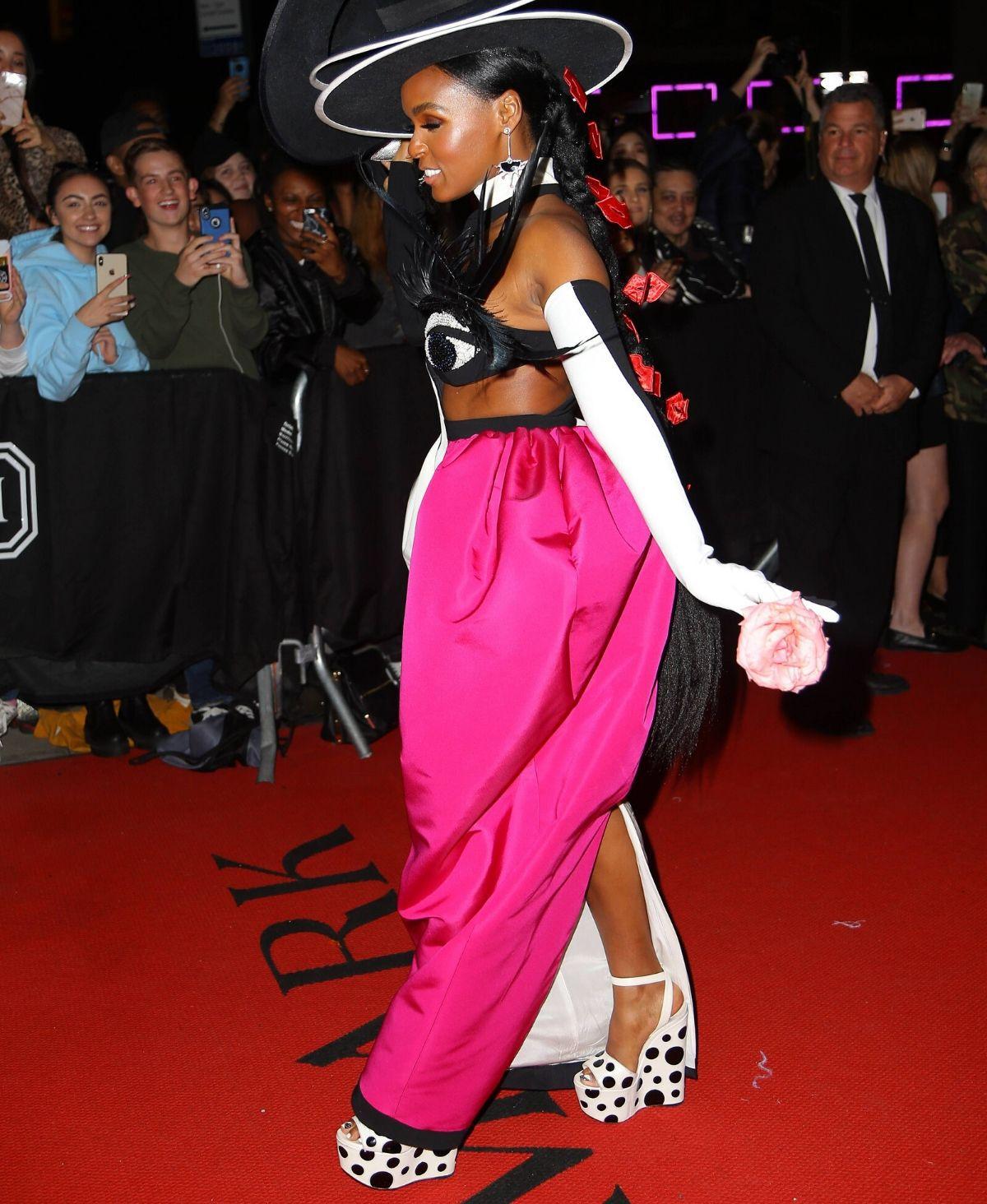 Janelle Monae: Die Schuhe von Christian Louboutin sind soooo außergewöhnlich