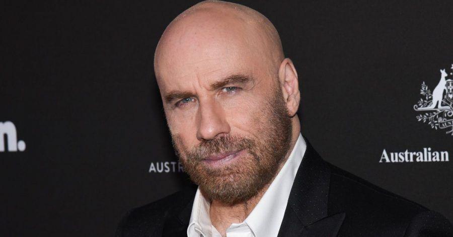 Ähm, John Travolta performt hier mit Pitbull!?