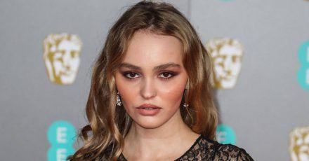 Lily-Rose Depp wird mit Keira Knightley Weihnachtsfilm drehen