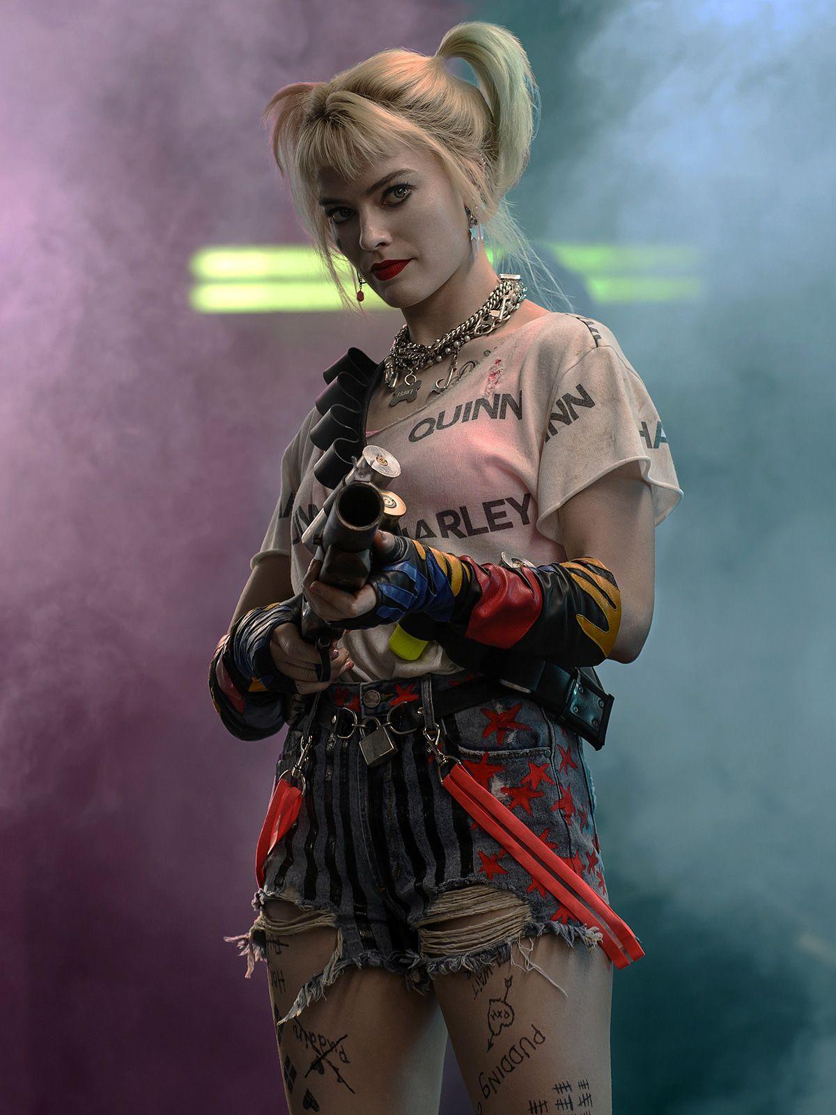"""Margot Robbie erklärt ihren neuen chaotischen Film """"Birds of Prey"""""""