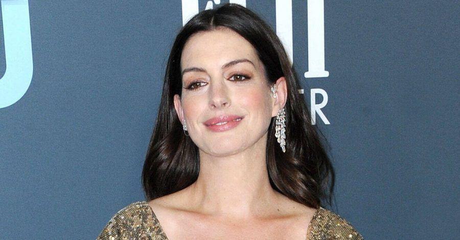 Anne Hathaway hat trotz Corona einige Drehs auf der Agenda