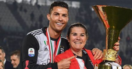Cristiano Ronaldo's Mutter nach Schlaganfall in der Notaufnahme