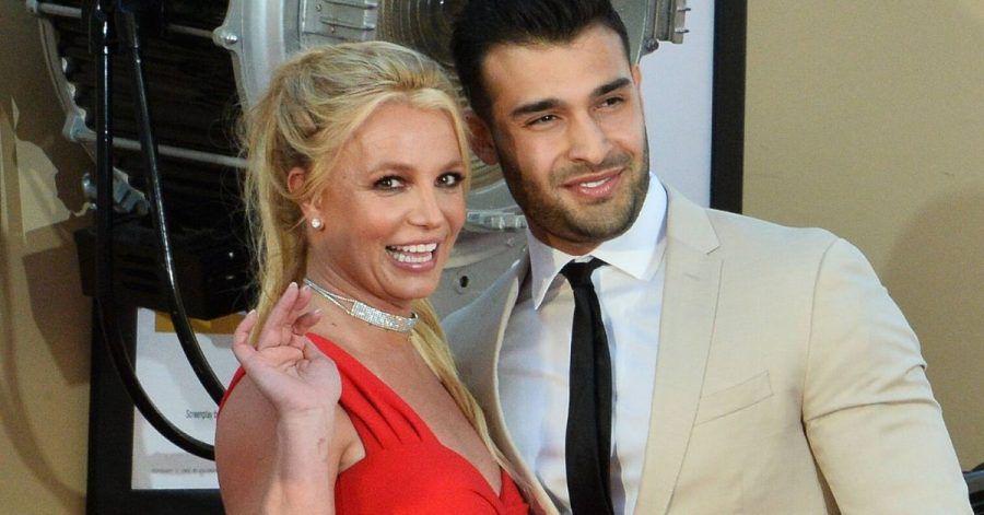 Britney Spears will Kinder mit Yoga inspirieren
