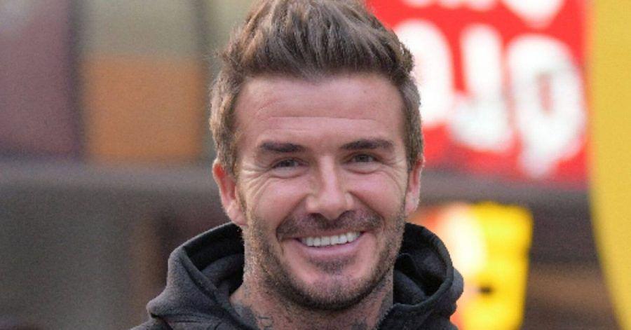 David Beckham ist trotz Corona mit seinen Söhnen im Stadion