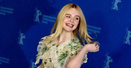 """Elle Fanning: """"Jeder braucht"""" einen Seidenkissenbezug"""