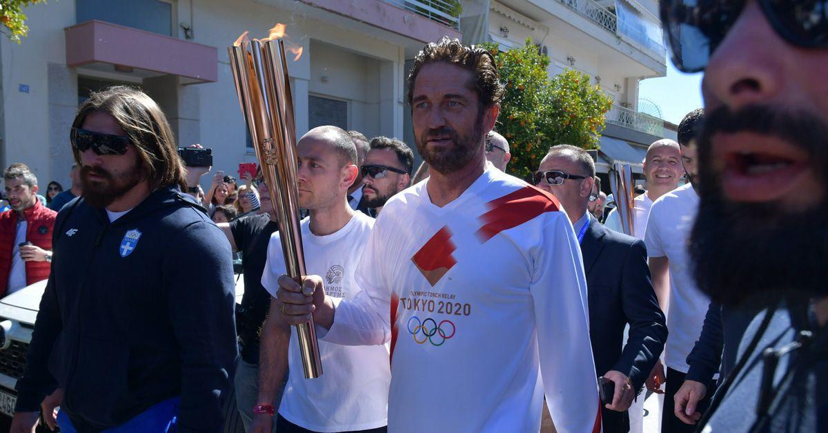 Gerard Butler spielt in Sparta mit dem Feuer