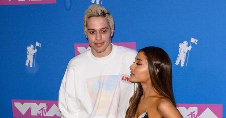 Pete Davidson gibt jetzt zu, dass seine Ex Ariana Grande ihn fame machte