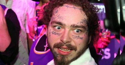 """Post Malone über seine Gesichtstattoos: """"Ich bin ein hässliches Ar***loch"""""""