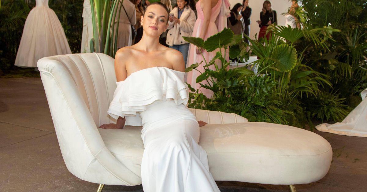 Luxuslabel verschenkt Brautkleider an Corona-Heldinnen - klatsch-tratsch.de