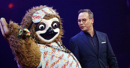 The Masked Singer: Sasha oder Stefan Raab – wer ist das Faultier?