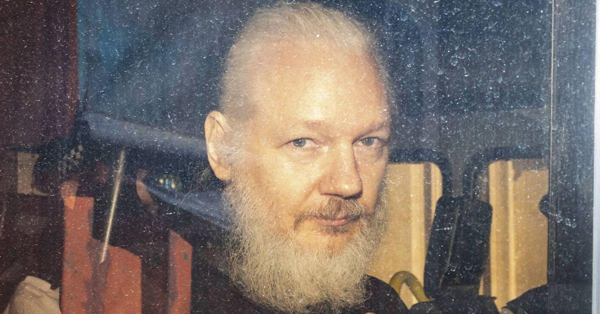 Julian Assange hat in der Isolation Söhne gezeugt? - klatsch-tratsch.de