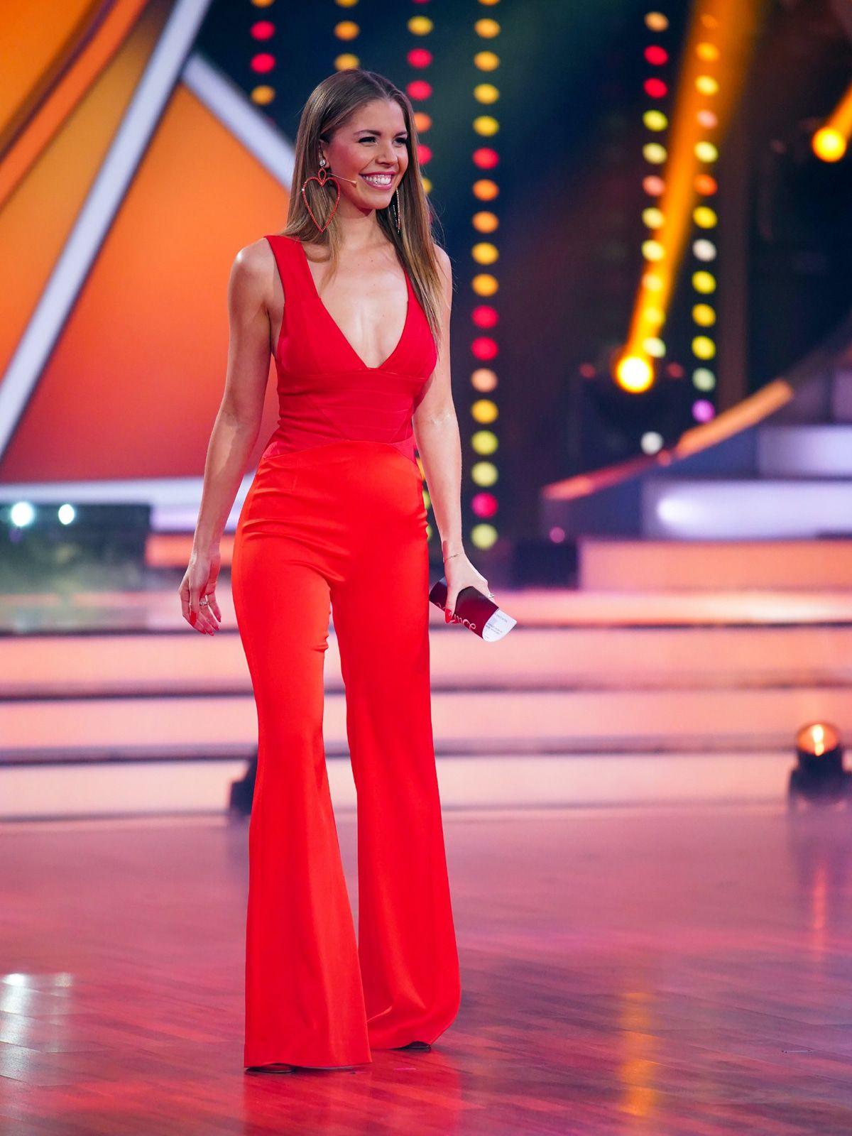 Best Dress of the Day (876): Victoria Swarovski strahlt in Rot