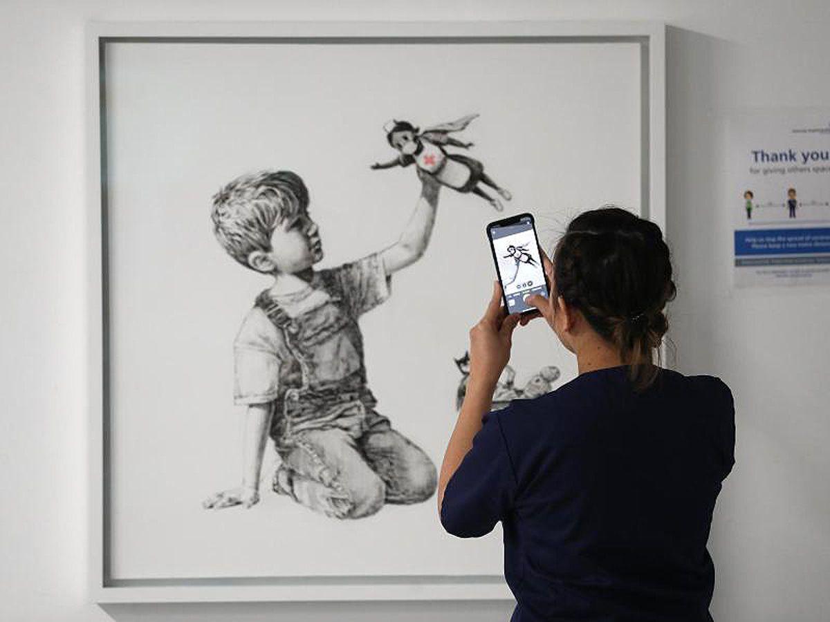 Banksy schleicht sich in Klinik ein - und dann das!