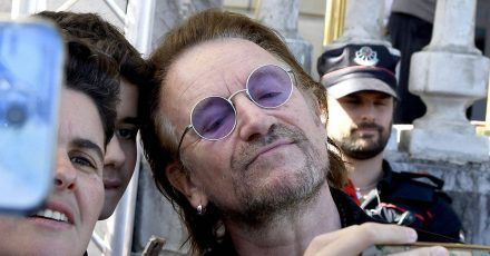 Bono: Der U2-Sänger und Politaktivist wird 60