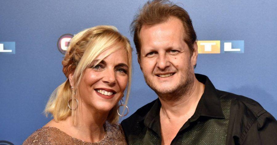 Daniela Büchner zeigt hier ihr erstes Foto mit Jens