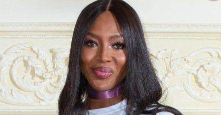 Naomi Campbell nimmt Cover-Bild für Modezeitschrift mit ihrem Handy auf