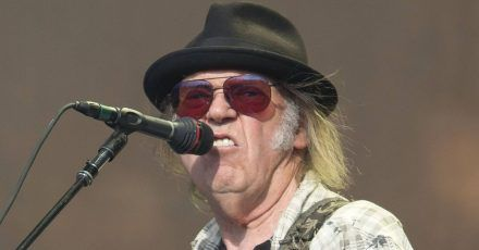 Neil Young veröffentlicht 45 Jahre altes Album