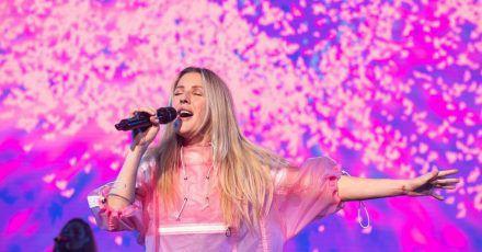 Ellie Goulding schämt sich für eigenes Unwissen