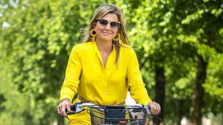 Königin Máxima der Niederlande schreckt vor knalligen Farben nicht zurück.