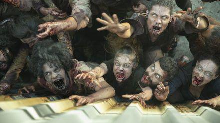 Außerhalb des TV-Containers ist die Zombie-Apokalypse ausgebrochen
