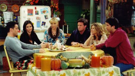 """Beim Reunion-Special sind alle """"Friends""""-Stars dabei. (cam/spot)"""