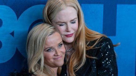 Reese Witherspoon (l.) und Nicole Kidman sind gute Freunde (amw/spot)