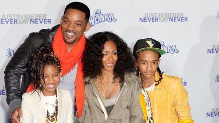 Will Smith und Jada Pinkett Smith mit den gemeinsamen Kindern Jaden und Willow (ncz/spot)