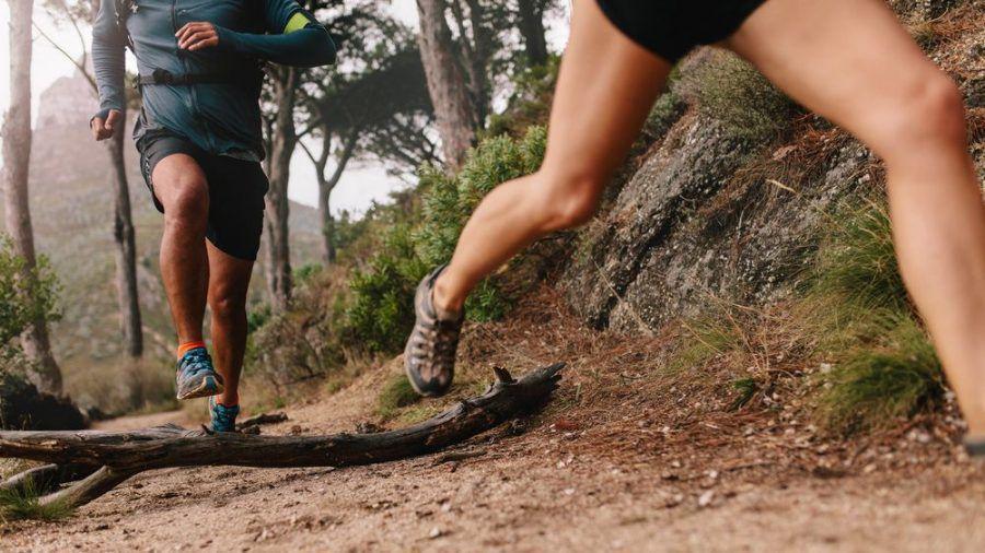 Mit Sport an der frischen Luft kann man schnell und effektiv Extra-Kilos den Kampf ansagen. (ncz/spot)