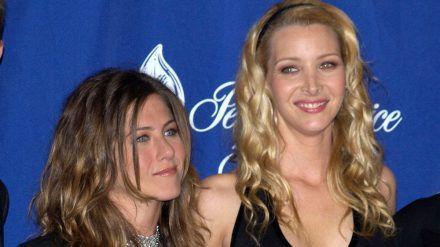 Jennifer Aniston (l.) und Lisa Kudrow im Jahr 2003 (dr/spot)